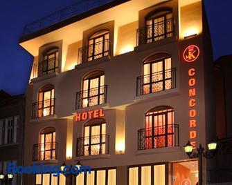 Hotel Concorde - Веліко-Тирново - Building