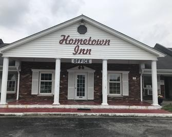 Hometown Inn Berea - Berea - Gebouw