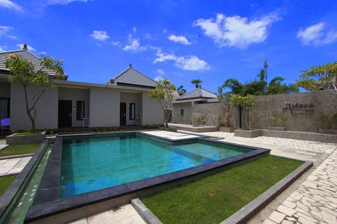烏魯瓦圖亞沙那酒店 - 佩卡圖 - 烏魯瓦圖 - 游泳池