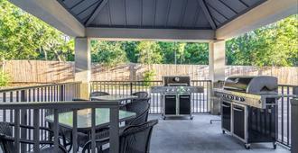 Candlewood Suites Jacksonville East Merril Road - Jacksonville - Patio