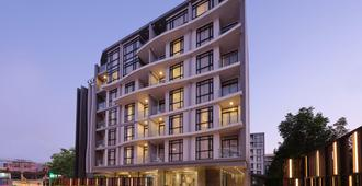 Arden Hotel and Residence by At Mind - Pattaya - Building