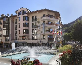 Hotel Amelie - Brides-les-Bains - Building