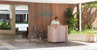 The Surfjack Hotel & Swim Club - Honolulu