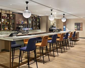 Hyatt Place London Heathrow Airport - West Drayton - Bar