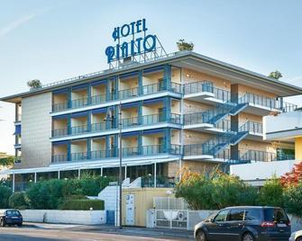 Hotel Rialto - Grado - Building
