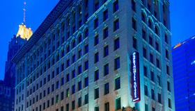 內海灣巴爾的摩城萬豪春丘套房酒店 - 巴爾的摩 - 巴爾的摩 - 建築