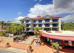 Park Regis Anchorage - Townsville - Building