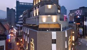 Hound Hotel Seomyeon - Busan - Building