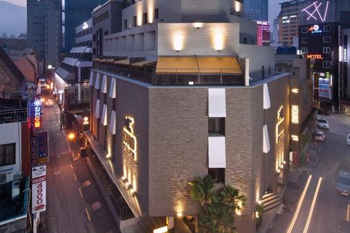 Hound Hotel Seomyeon - Busan - Rakennus