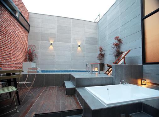 西面獵犬酒店 - 釜山 - 浴室
