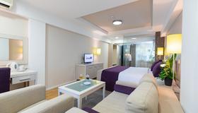 Hotel M - Belgrad - Schlafzimmer