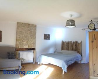 Les Gîtes du Fraysse - Montignac - Schlafzimmer
