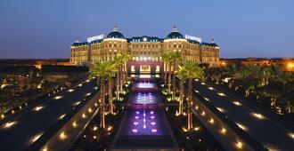 Royal Maxim Palace Kempinski Cairo - Kairo - Patio