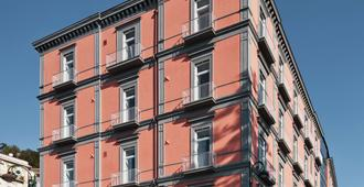 The Britannique Naples, Curio Collection by Hilton - Napoli - Edificio