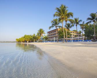 whala!bocachica - Boca Chica - Παραλία