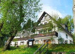 Pension Stiegelmeier - Winterberg - Rakennus