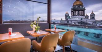 So/ Saint Petersburg - San Petersburgo - Restaurante