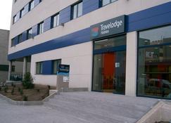 Travelodge L'Hospitalet Barcelona - L'Hospitalet de Llobregat - Building