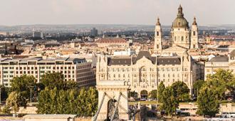 Four Seasons Gresham Palace - Budapest - Outdoors view