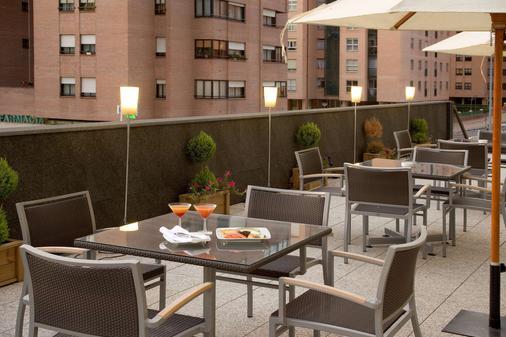 瓦拉多利巴拉格 NH 酒店 - 巴利亞多利德 - 巴利亞多利德 - 陽台