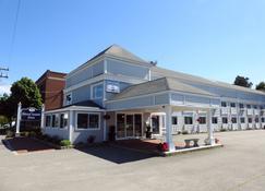 Seacoast Inn - Hyannis - Bangunan