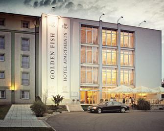 Golden Fish Hotel Apartments - Pilsen - Building