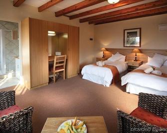 Sanrock Resort & Conference Centre - Modimolle - Bedroom