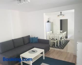Luxury Apartment - Ramingstein - Wohnzimmer