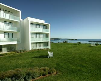 Memmo Baleeira Hotel - Sagres - Edificio