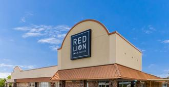 Red Lion Inn & Suites Branson - Branson - Bygning