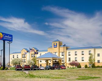 Comfort Inn & Suites - Hutchinson - Gebouw