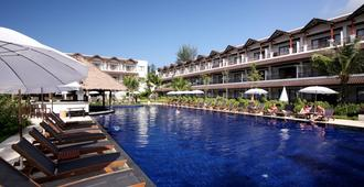 Kamala Beach Resort, A Sunprime Resort - Adults Only - Kamala - Piscina