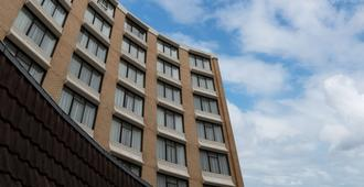Rydges Camperdown - Sydney - Building