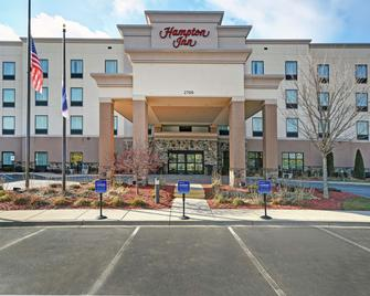 Hampton Inn Beloit - Beloit - Building
