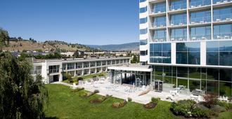 Best Western Plus Kelowna Hotel & Suites - คีโลว์นา