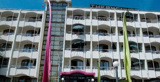 Appartementhaus Thermenhof - Bad Füssing - Gebäude