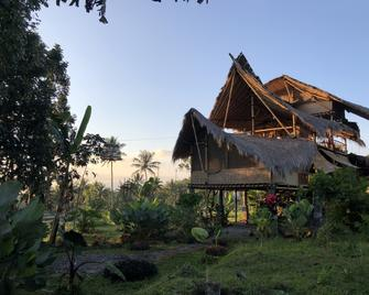 Bamboo & B - Banyuwangi - Edificio