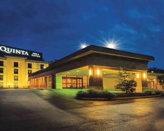 La Quinta Inn & Suites by Wyndham Baltimore S. Glen Burnie - Glen Burnie - Edificio
