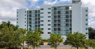 TRYP by Wyndham Maritime Fort Lauderdale - Fort Lauderdale