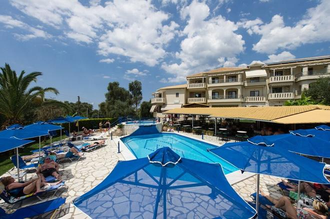 Adams Hotel - Parga - Pool
