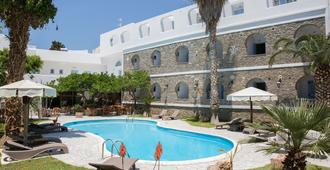 Galinos Hotel - Parikia - Piscina
