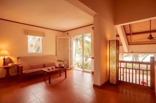Victoria Phan Thiet Beach Resort & Spa - Phan Thiet - Olohuone