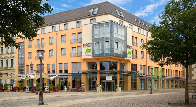 First Inn Hotel Zwickau - Zwickau - Edificio