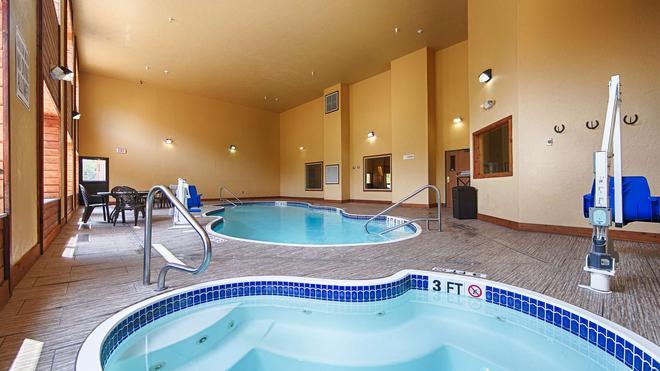 Best Western Devils Tower Inn - Hulett - Pool