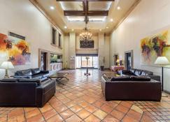 Quality Inn & Suites Saltillo Eurotel - Saltillo - Hành lang