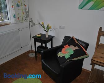 Ferienwohnung Giessl - Giengen - Living room