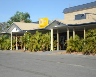 Capricorn Hotel - Blackwater - Building
