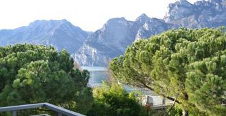 Hotel Piccolo Mondo - Torbole - Vista externa