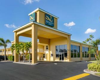 Quality Inn Near Ellenton Outlet Mall - Bradenton - Gebäude