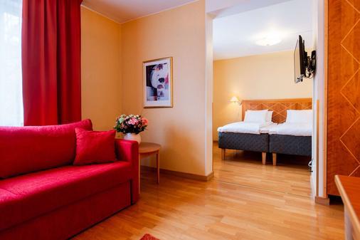 Best Western Hotel Esplanade - Västerås - Living room